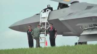 hd f22 raptor thrust vectoring approaching supersonic speed
