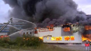 25.10.2011 Remscheid - Brand beim Teppich-Partner