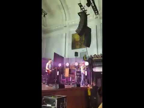 Bastille - Admit Defeat - live at Aberdeen Music Hall, 1 december 2019