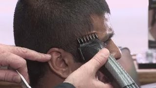 How to use clippers on men's hair