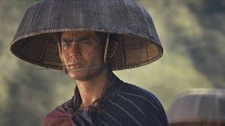 上州無宿紋次郎は日野宿の貸元で十手預かりの井筒屋仙松を殺害した罪に...