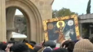 Освящение Церковь Святой Троицы  23.11.2004г(Освящение церкви Святой Троицы в присутствии иконы Святого Георгия в тигровой шкуре .23.11.2004 год г.Тбилиси., 2013-03-07T09:27:27.000Z)
