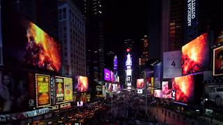 Björk - Mutual Core - @ Times Square, NYC, USA, Streaming Museum, (03-03-2013) [Surrounded]