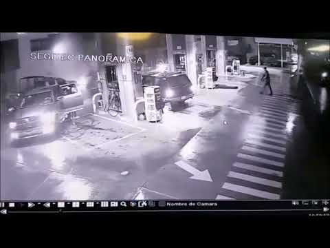 Mexican Cartel Gun Down 4 Police officers at a Gas Station