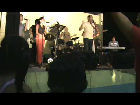 highly-exalted---lakewood-and-israel-houghton