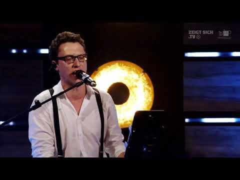 Let me entertain you - Robbie Williams