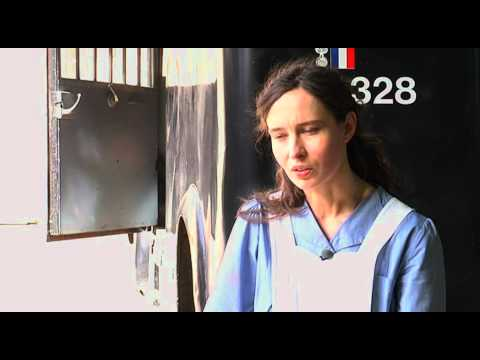 France 3 / Un village français SAISON 4 Interview de Nade Dieu.mov