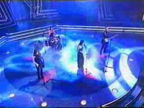 the Corrs - Especial Antena 3 - 01_Intro + Only When I Sleep