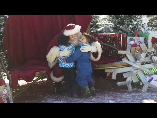 Santa Comes to Summit