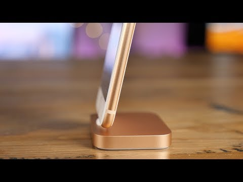hands-on:-gold-lightning-dock-for-iphone-8!
