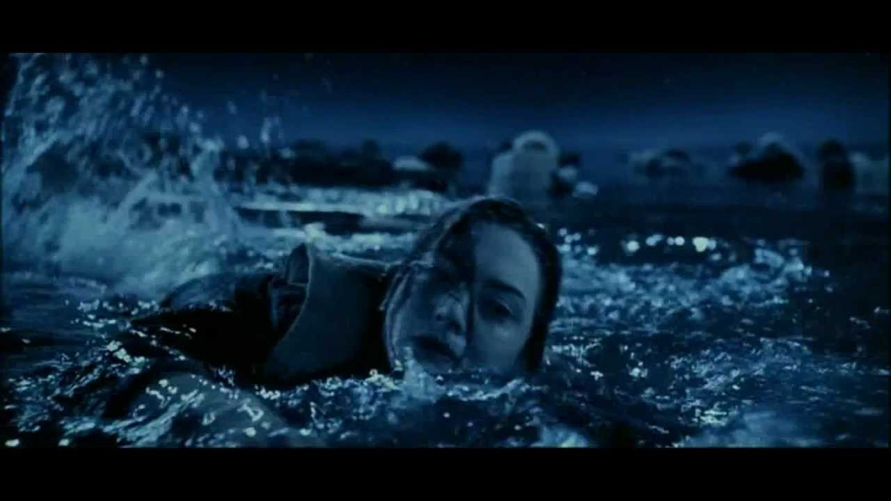 Titanic Rose doesn't give up and is saved by lifeboat ...