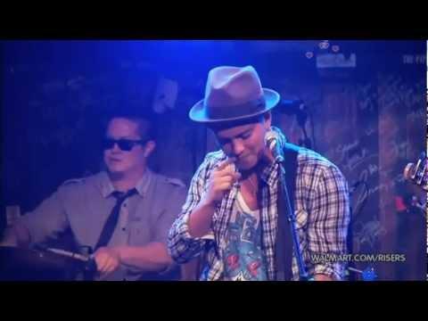 [Vietsub] Bruno Mars - Nothing On You (Remix)