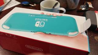 Unboxing switch lite