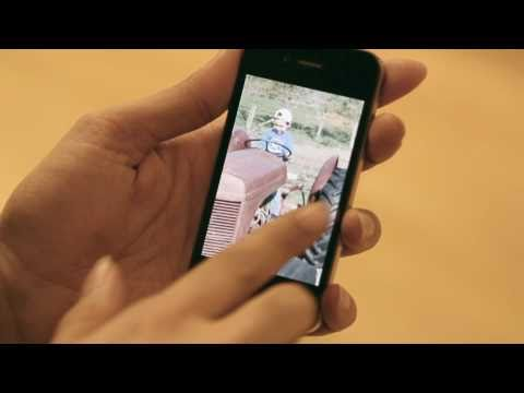 AirFrame enables AirPlay video and photo streaming between iOS devices