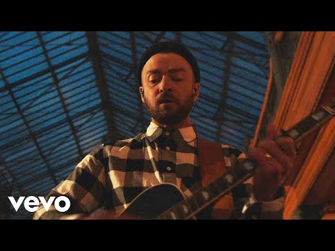 "Justin Timberlake Releases ""Say Something"" Ft. Chris Stapleton"