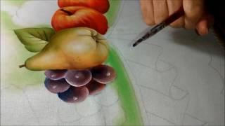 Pintando uva com Rosa Foeger