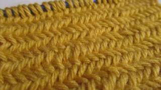 How to Knit the Herringbone Stitch