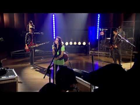 Demi Lovato - Don't Forget (Live Walmart Soundcheck)