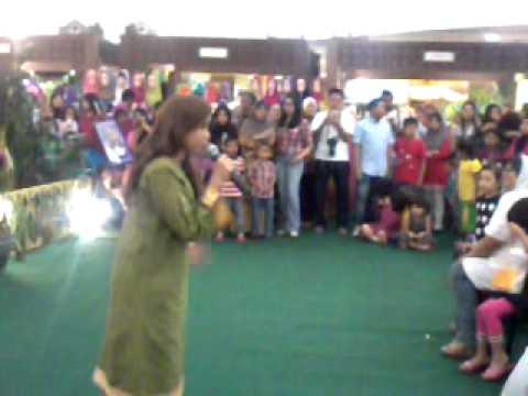 Aku Lebih Tahu @ Plaza Shah Alam (12-08-2012)