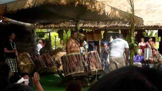 Polynesian Cultural Center - Tongo Drum beats with audience participation PART 1