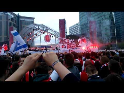 Ajax huldiging 2014(2)