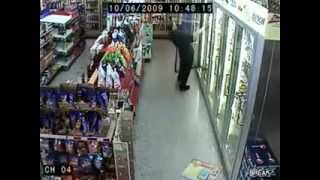 Repeat youtube video :: Funniest thing you ever seen! /drunk i convenience store! ::