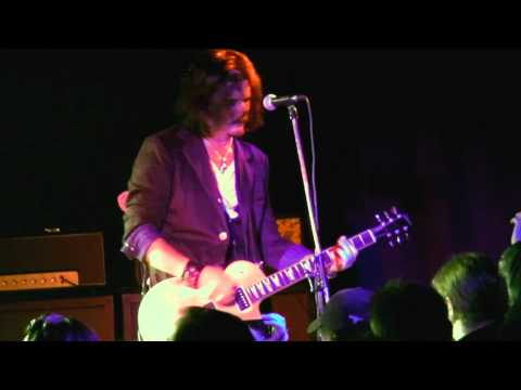 GILBY CLARKE - KNOCKIN ON HEAVENS DOOR LIVE IN LONDON 2012 - GUNS N ROSES