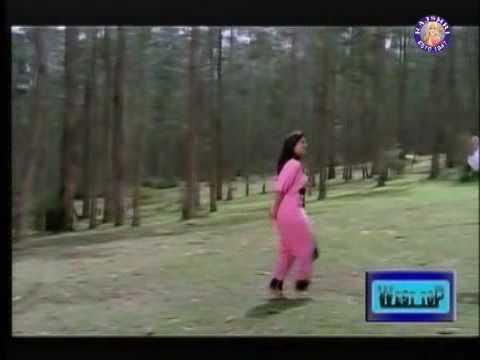 Mella Mella Nadandu from Urimai Geetham  - Prabhu & Ranjani