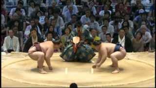 Nagoya Basho 2013, Day 7.