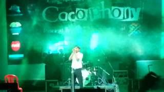 Falak dekhun - Garam Masala - performed live on cacafony kolkata - by Abhinav Srivastava