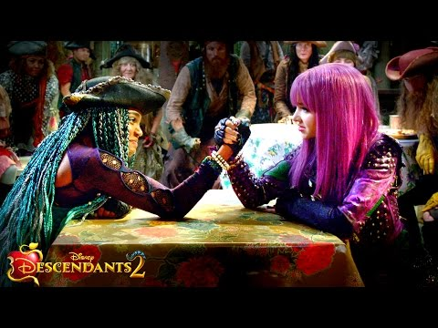 UMA vs. MAL: VK Drama Revealed!! | Descendants 2
