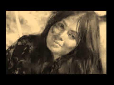 Ece Sahin-Sebebim Sensin (söz&beste: Ece Sahin) ((Ciplak Ses))