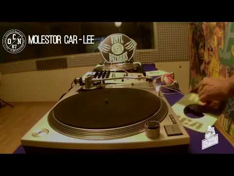 MOLESTOR CAR-LEE Vinyl Set en Bombay Streaming Bar