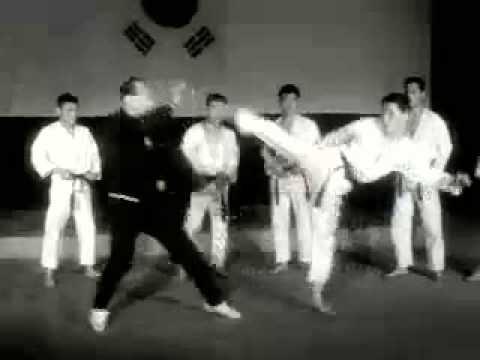 1967 Tae Kwon Do & Master Choi Young-eui (Oyama)
