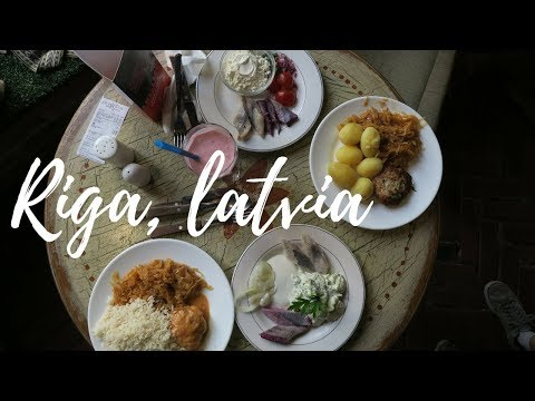 RIGA, LATVIA TRAVEL GUIDE - BEST FOOD, SIGHTS & HOSTEL