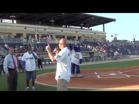 Danny Wuerffel and Charlie Ward at Pensacola Blue Wahoos Game