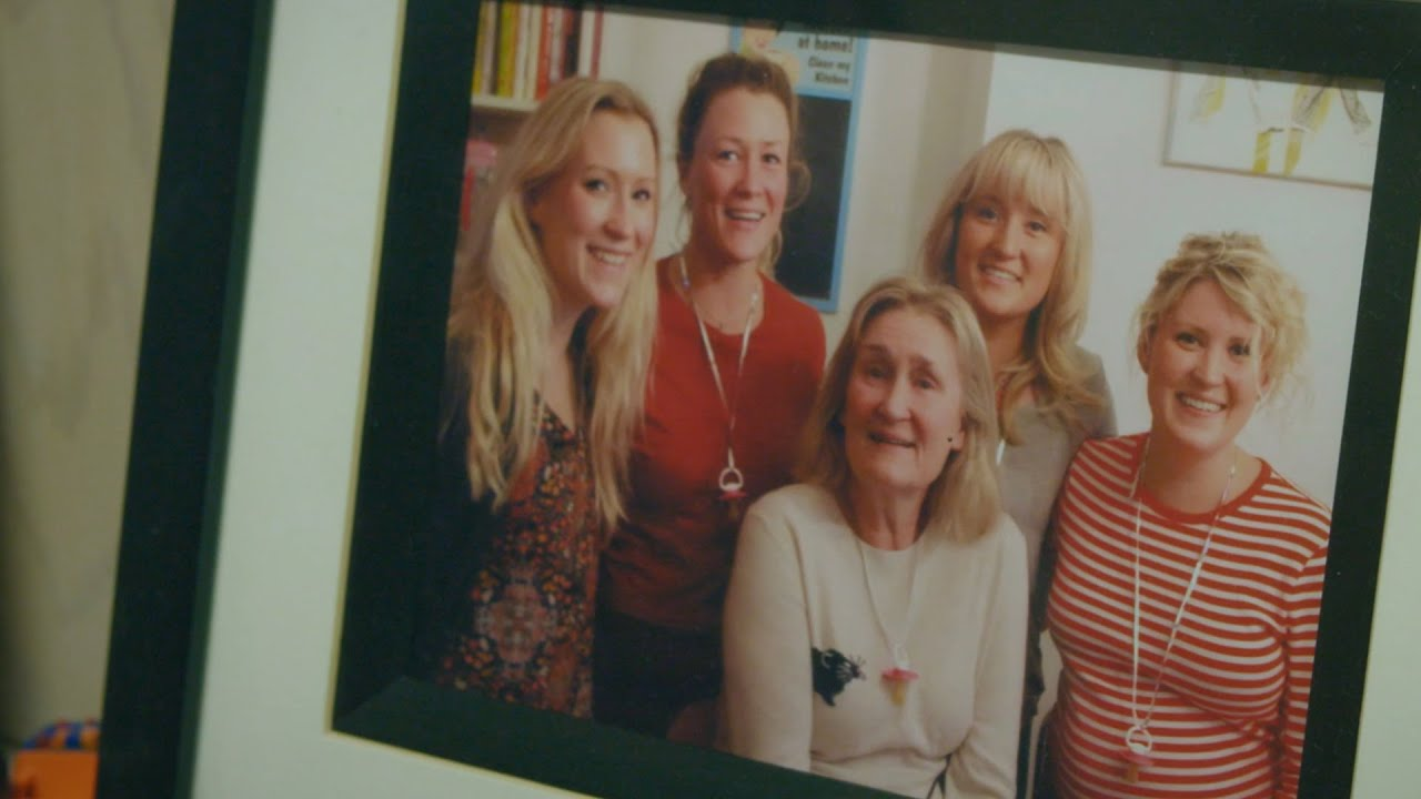 Living well with dementia - Helens story - YouTube