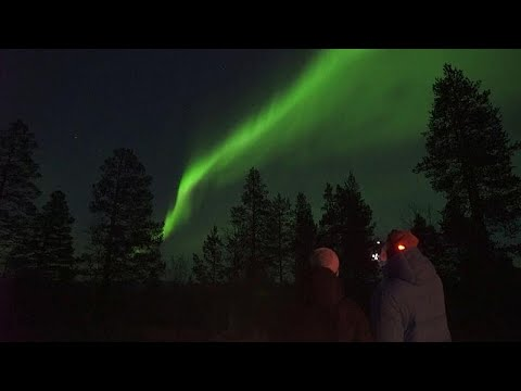 Finland: Northern Lights dance in the night sky Mp3