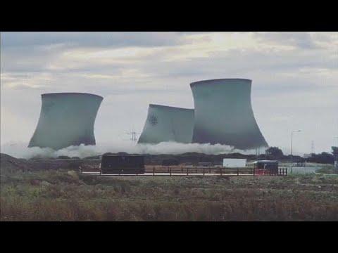 شاهد: تدمير خاضع للسيطرة يقطع الكهرباء عن الآلاف في بريطانيا…  - نشر قبل 2 ساعة