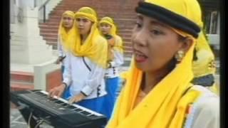 Ampel - Jangan Pandang Kulitnya Saja [Official Music Video]