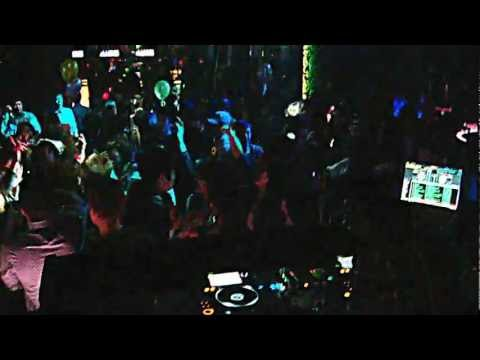 12.04.14 DJ Yup