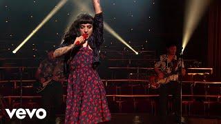 Mon Laferte - Cumbia Para Olvidar (Desde El Teatro Fru Fru)