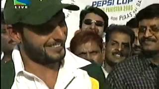 Shahid Afridi Man of the Match Interview in Kanpur after 5th ODI - April 2005