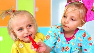 Алиса играет в детского Доктора для малышей  / Сказки для Евы