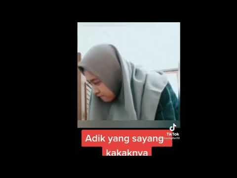 viral video adek sayang kakak !!
