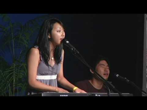 Clara Chung Performs at CREATIVE JUICE NIGHT 2009