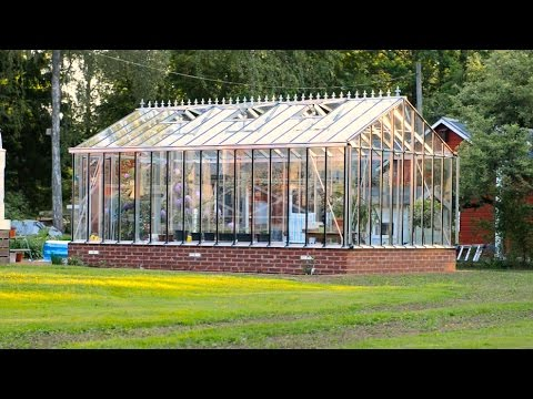 Building our greenhouse 2016