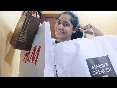 Holiday Shopping begins at DLF Mall Of India   Bath and Body Haul and Rosegal Haul    #RGVVlogs