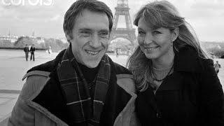 Владимир Высоцкий - Она была в Париже(Наверно, я погиб: глаза закрою - вижу, Наверно, я погиб: робею, а потом, Куда мне до нее? Она была в Париже, И..., 2013-04-25T13:53:06.000Z)
