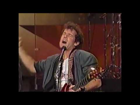JOHNNY CLEGG & SAVUKA Carson Tonight Show 1988. DELA Why the Dog Howls at the Moon ANTI-APARTHEID